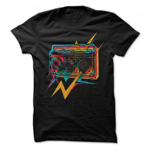 Old-School-Boombox-t-shirt
